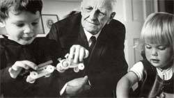 MUNDO DAS CRIANÇAS Como pediatra, Winnicott teve contato direto com os problemas infantis. Foto: Top Foto / Grupo Keystone