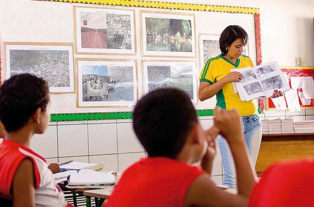 Fotos antigas foram comparadas com a paisagem atual, conhecida da turma. Rafael Araújo