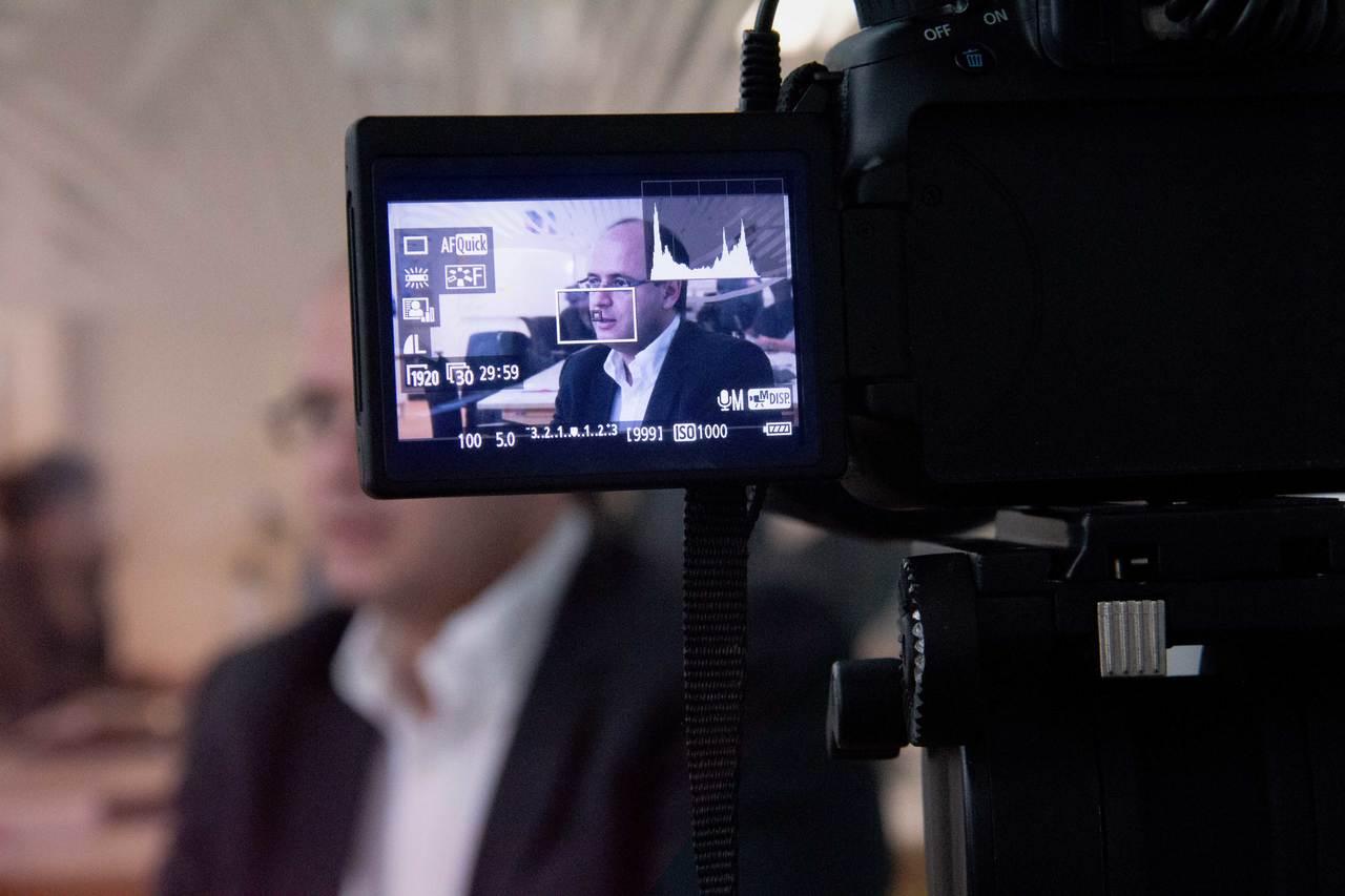 Visor da câmera mostra o ministro da Educação Rossieli Soares durante entrevista à NOVA ESCOLA