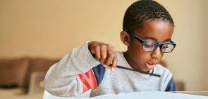 Como desenvolver a autonomia das crianças no ensino remoto ou híbrido?