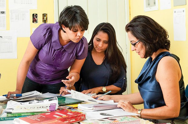 Cada professor escolheu uma prova e um caderno para fazer um estudo de caso. Marina Piedade