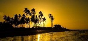 Foto do por do sol em Cajueira da Praia no interior do Piaui