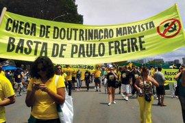 O que Paulo Freire diria desta faixa? Divulgação