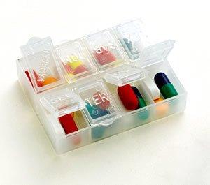 Cuidado ao usar medicamentos! Saiba a diferença entre os de tarja preta, vermelho e os não tarjados