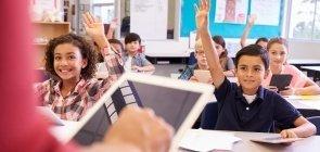 Professor usa tecnologia em sala de aula