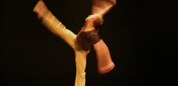 Espetáculo de dança contemporânea do 'Les Ballet Jazz de Montreal', Canadá. Foto: CHRIS RANDLE/Divulgacao