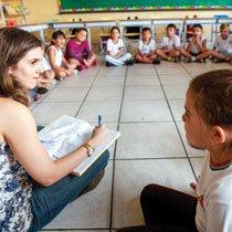 Diretora do interior de São Paulo ganha prêmio ao abrir espaço à participação das crianças na gestão da escola. Foto: Raoni Madalena