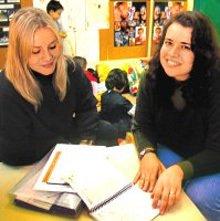 Renata e Adriana: o projeto sobre o circo nasceu do fascínio das crianças Foto:Gilvan Barreto