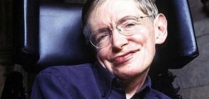 O astrofísico britânico Stephen Hawking