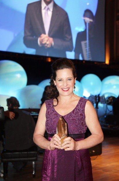A professora de Dança na Creche Central da USP, em São Paulo, foi uma das premiadas da noite, com o projeto 'Da solidez à fluidez'