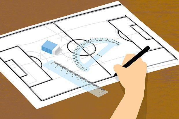 Para copiar a figura, os alunos usam o que já sabem sobre as relações geométricas. Bruno Algarve
