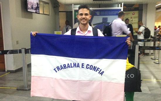 Entre os melhores do mundo, professor brasileiro se prepara para dar aula em Dubai