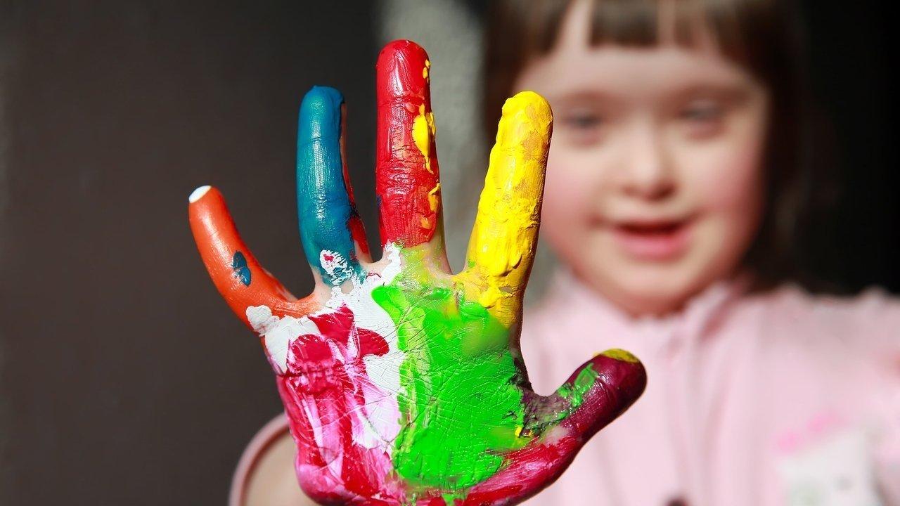 Criança com deficiência tem direito à Educação