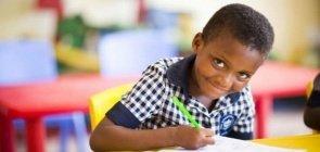 Alfabetização: ensinar a ler e escrever é libertar o aluno