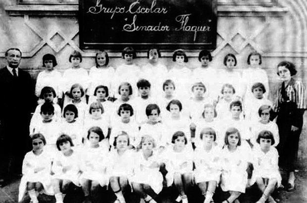 A disciplina era uma marca das escolas, que tinham muitas salas separadas por gênero. Reprodução/Fundação Pró-memória/PMSCS