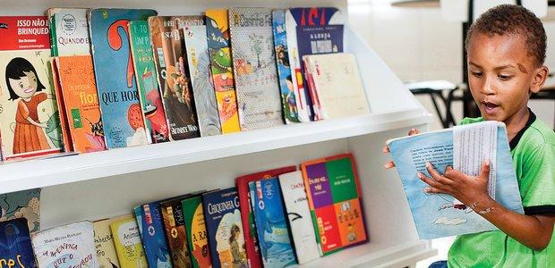 Livros que movem a comunidade. Foto: Marina Piedade