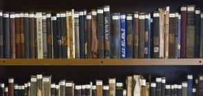 Quatro livros sobre metodologias ativas e produção de texto