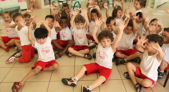 A adaptação das crianças bem pequenas é um desafio para elas, para a família e para os professores