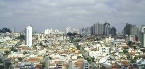 Vista aérea de um bairro residencial em São Caetano do Sul, região metropolitana de São Paulo.