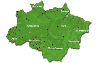 ISOLADOS E PRESERVADOS Os pontos no mapa indicam referências de informações obtidas pelos sertanistas sobre a existência de índios isolados. Nos vermelhor estão as chamadas frentes de proteção etno-ambiental, postos avançados da Funai, em locais estratégicos que favorecem a proteção de grupos já identificados e de onde partem novas expedições