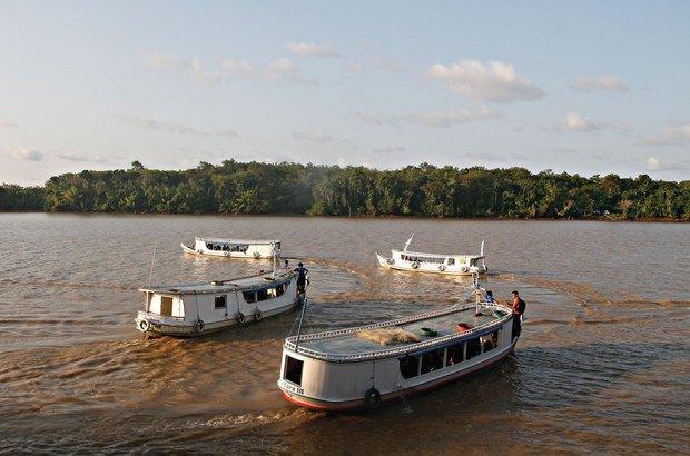 Isolado pelas águas do rio, o projeto tem pouca visibilidade, o que facilitou seu desmonte. Janduari Simões