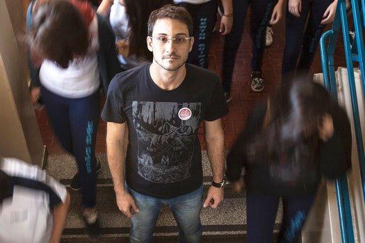 Marchi: de Londrina a Curitiba no protesto contra a retirada de direitos dos docentes. Foto: Sergio Ranalli