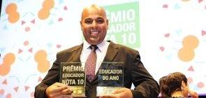 """Dois brasileiros concorrem ao """"Nobel da Educação"""""""
