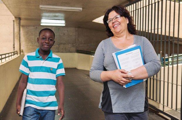 Rosângela contou com a ajuda da turma para se comunicar com Harolson. Alfredo Brant