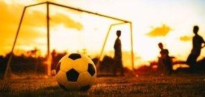 Brasil teria que reduzir desigualdades para ir à Copa por critérios educacionais