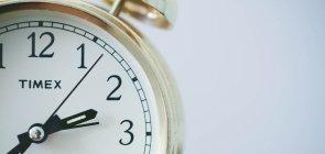 Tempo para pensar ou tempo para ficar jovem? O tempo do coordenador na escola