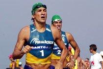 Leandro Macedo e Juraci Moreira participando do Mundialito de Fast Triathlon Masculino. Foto: Mauricio de Souza