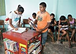 Arca das Letras na comunidade quilombola de Onze Negras, PE: depois da chegada do acervo, com cerca de 200 livros, a evasão escolar diminuiu. Foto: Eduardo Queiroga
