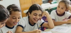 Meninas precisam ter as mesmas oportunidades que os meninos na Educação