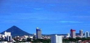 Pequena cidade paraibana abre vagas para professores e psicólogo escolar