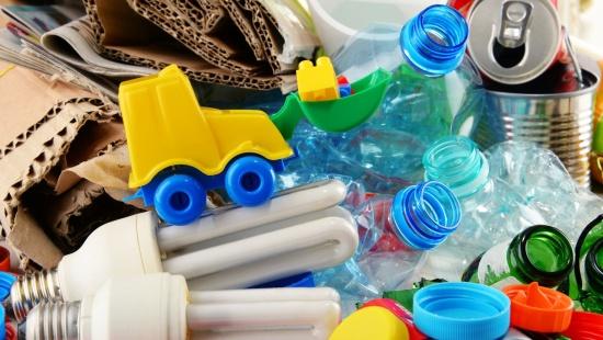 Cultura maker na prática: como construir um carrinho reciclável