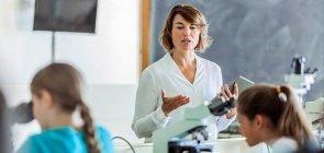 Como cuidar da voz em sala de aula