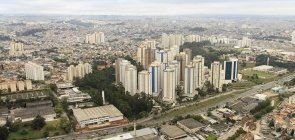 Taboão da Serra abre 177 vagas imediatas na Educação