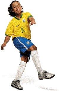 Modelo caracterizado como Ronaldinho Gaúcho. Foto: Karine Basílio