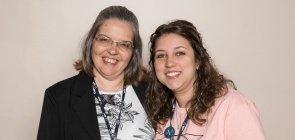 Karina Padial e a professora Esther Martins na Virada de Autores de Matemática