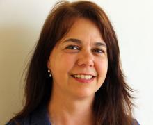 Cláudia R. de Freitas,