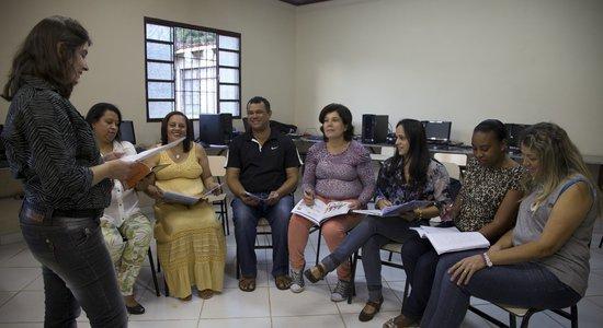 Assim como o professor precisa pensar no espaço da sala de aula, o coordenador também tem o dever de refletir sobre a organização do cantinho da formação. (Foto: Manuela Novais)