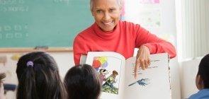 Socioemocionais através da literatura: orientações para formação de professores