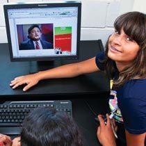 Ariane buscou na internet informações sobre Mitra. Foto: Manuela Novais