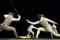 João Souza (direita), competindo com o japonês Yuki Ota nos Jogos de Beijing 2008. Foto: Alaor Filho / Divulgação COB