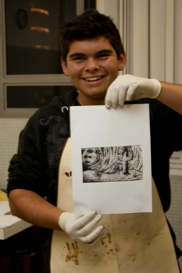 A professora Dani Paes Ferreira enviou uma foto de seu aluno do 8º ano