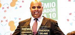 Gestor paulista é Educador do Ano de 2015