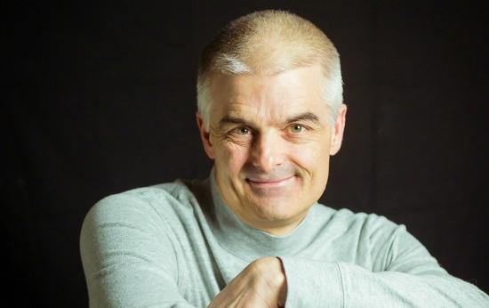Jonathan Bergmann, um dos criadores da sala de aula invertida