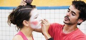 O que atividades circenses podem ensinar aos seus alunos?