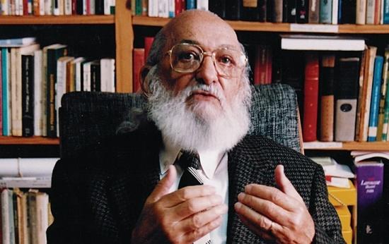 Paulo Freire ontem, hoje e amanhã