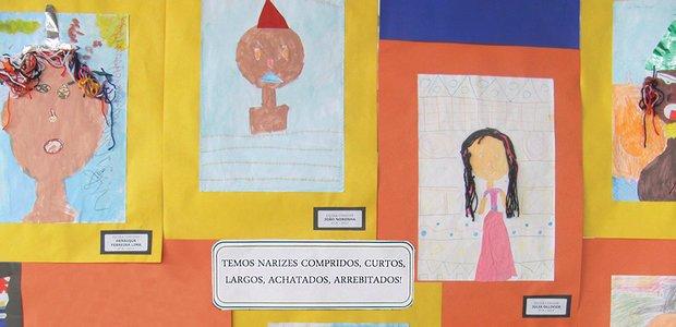 Exposição das obras dos alunos destacou a variedade de cores de pele e traços existentes. Arquivo pessoal/Anderson Pinheiro Santos